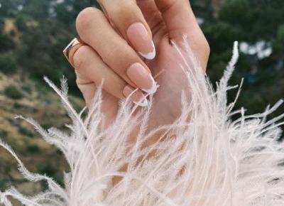 Nowy french – 30 pomysłów na francuski manicure w nowej odsłonie.