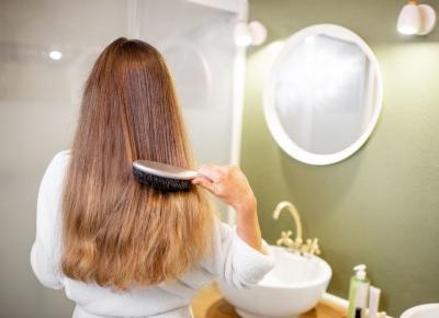 Metoda OMO, czyli ratunek dla zniszczonych włosów.