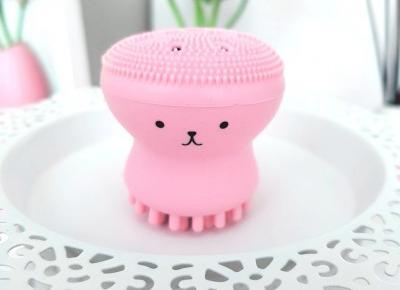 Szczoteczka do mycia twarzy - ośmiorniczka, Octopus Ozi.