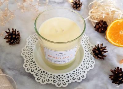 Naturalna świeca o zapachu pomarańczy i cedru - No. 3 Brisky Sour, Soyco.