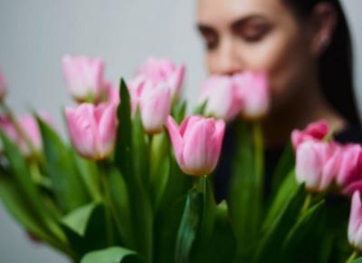 10 prezentów idealnych na Dzień Kobiet. Co kupić?