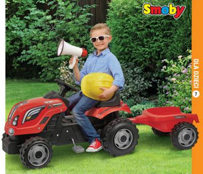 Traktor z przyczepą Smoby z Biedronki