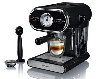 Co w Lidlu: Ekspres ciśnieniowy do kawy Silvercrest z Lidla