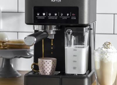 Ekspres ciśnieniowy do kawy ze spieniaczem Hoffen z Biedronki