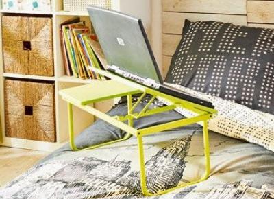 Stolik pod laptopa z Biedronki