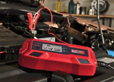 Prostownik automatyczny Ultimate Speed LED z Lidla