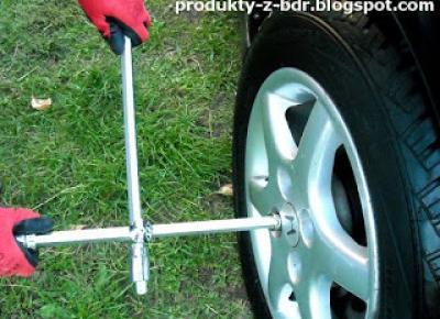Testujemy produkty z Biedronki: Klucz krzyżowy do kół z przesuwnymi ramionami Niteo Tools CW0274-15 z Biedronki
