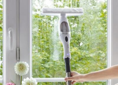 Akumulatorowa myjka do okien z drążkiem teleskopowym Hoffen z Biedronki