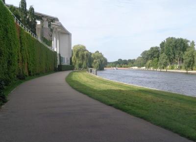 Reszta Polski i świata : Zwiedzając Berlin - zieleń i woda, Tiergarten i Sprewa.
