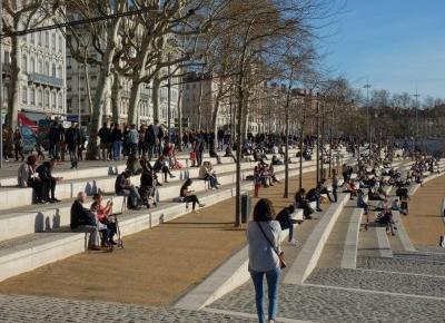 Zwiedzamy Lyon – wspaniały bulwar nad Rodanem – Miejski Wojażer
