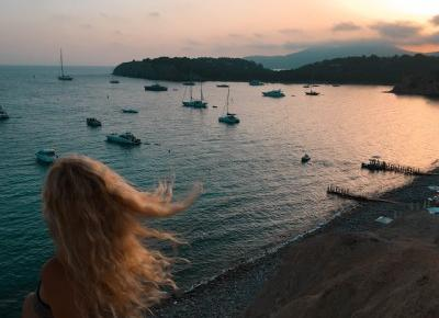 Ilu ludzi trzeba mieć na własność, żeby być szczęśliwym?         |          Mika Modrzyńska I Podróże, literatura, ludzie