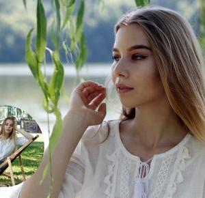 LAKE - KARINA MUCHA