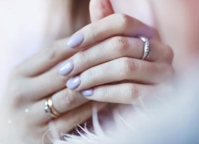 Najpiękniejszy fioletowy lakier hybrydowy - idealny na wiosnę!