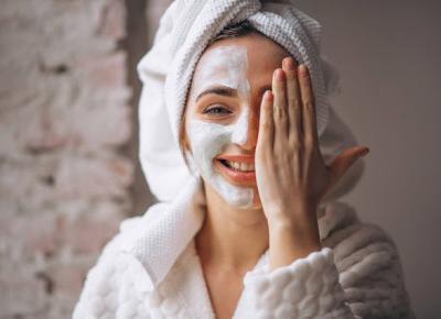 KOSMETYKOWY ŚWIAT: Jak dbać o skórę podczas kwarantanny?