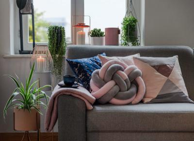Wielki powrót - welur we wnętrzach - Houseofdesign