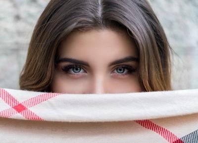 #10. Pięćdziesiąt twarzy…, czyli dlaczego warto ujawniać emocje – SFERA ROZWOJU