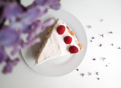 Koci punkt widzenia: Lekkie ciasto z kremem i owocami | od kuchni