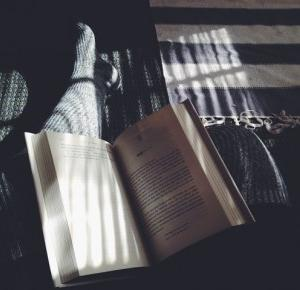 Jak przekonać kogoś do czytania książek?