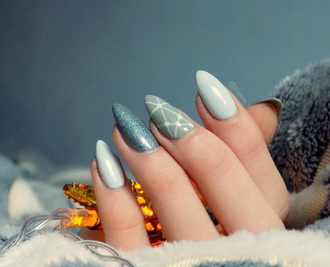 Zdobienie paznokci na ostatnią chwilę.  - Ksanaru