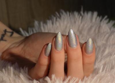 Holograficzne paznokcie - pyłek, hybryda, a może klasyczny lakier? - Ksanaru