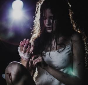 Ofiara - czyli mroczna, nocna sesja fotograficzna