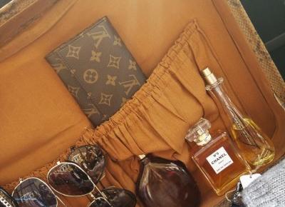 K ∀ T E: GUCCI&LV bags and wallets/perełki modowe-targ w Amsterdamie