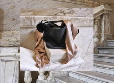 marble background/comfy&loose outfit | K ∀ T E