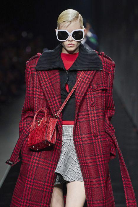 Moda trendy jesień-zima 2020: Płaszcze na jesień, które będziecie nosić latami. Teraz są hot, ale nigdy nie wyjdą z mody! - Glamour.pl