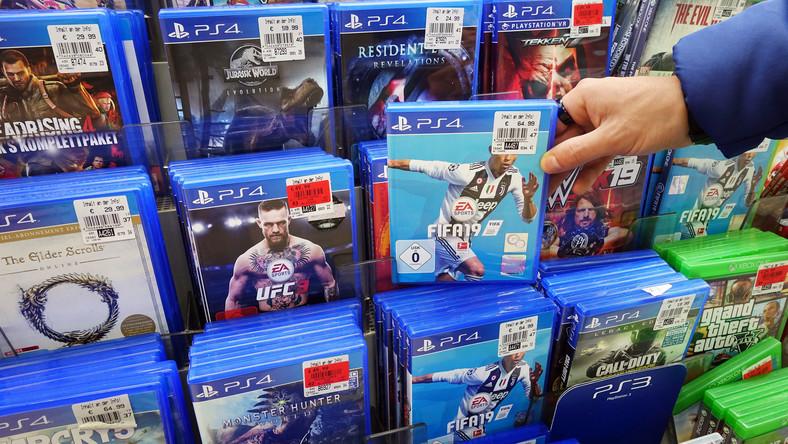 Kiedy najbardziej opłaca się kupować nowe gry?