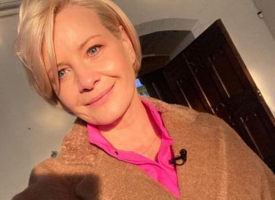 Małgorzata Kożuchowska postawiła na botki z CCC, które nigdy nie wyjdą z mody! Dobrała do nich klasyczny płaszcz polskiej marki - Glamour.pl