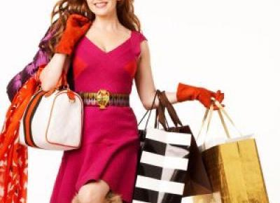 7 błędów, które popełniamy, kupując prezenty na święta. Podpowiadamy, jak ich uniknąć! - Glamour.pl