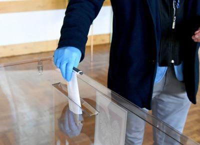 Koronawirus w Polsce. Stany nadzwyczajne i wybory prezydenckie. Odpowiadamy na pytania                          - Wiadomości