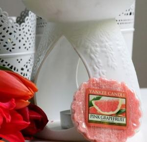 Sparkle With Lee Lee: Yankee Candle #1 Pink Grapefruit