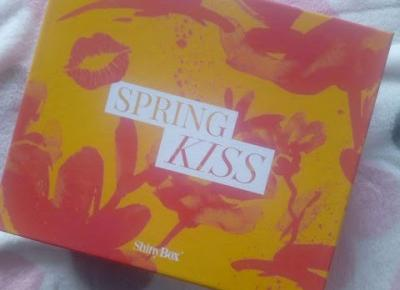 Life by Kadia: ShinyBox Kwiecień 2019 r - Spring Kiss