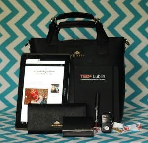 Piekno tkwi w prostocie: TAG: Co kryje moja torebka?