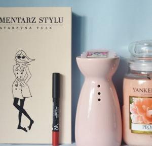 Piekno tkwi w prostocie: Całuśny czwartek: Golden Rose Matte Lipstick Crayon 09