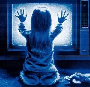 7 filmów, których lepiej nie oglądać samemu… w nocy. | Lilannn
