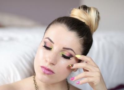 Summer Makeup - Różowo, Neonowo Z Odrobiną Czerni | Ela Lis Make-Up