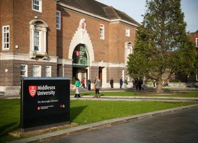 Sister who changed my life.: Studia w Londynie jak to wygląda?