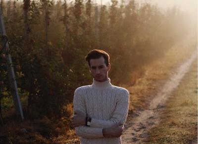 Jesienny sweter, słoneczny blask jabłek | Blog kosmetyczny, beauty, moda, makijaże