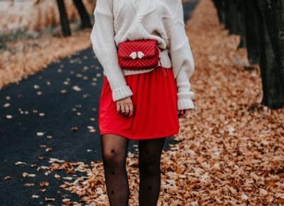 The world is my runway.: Czerwona sukienka i sweter