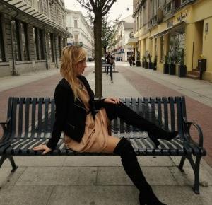 Madeleine Styles: Cappuccino dress
