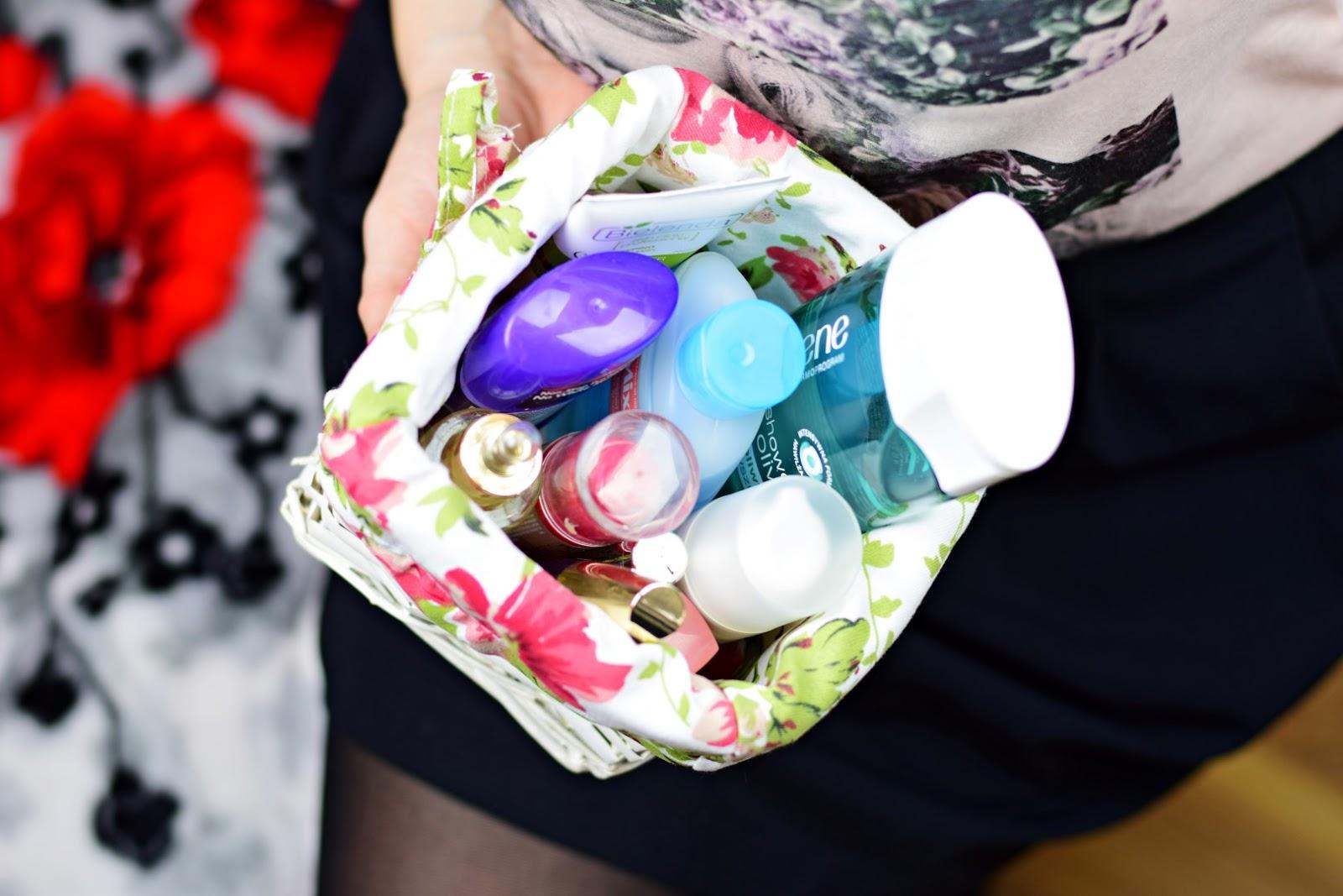 Mademoiselle Magdalene   Blog o urodzie i stylu życia : Odkrycia kosmetyczne 2015 roku!   Pielęgnacja   Kolorówka   Pędzle   Paznokcie   Urodowe gadżety