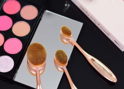 MakeUp Revolution: Zestaw szczotek do makijażu twarzy | Czy wygrały z pędzlami? | Mademoiselle Magdalene Blog: Uroda | Kosmetyki | Makijaż | Moda | Lifestyle