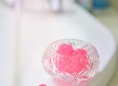 DIY: Żelki do mycia ciała | Pomysł na kosmetyczną zabawę (z dziećmi) | Meg Style - kobiecy blog o urodzie, modzie, stylu życia i samorozwoju