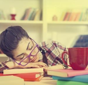 Kobiety potrzebują więcej snu od mężczyzn - twierdzą naukowcy