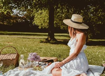 LILAC, OREO CHEESECAKE AND PICNIC TIME ? HOW I CHOOSE TO SPEND MY TIME IN MAY | MAKES IT SIMPLE
