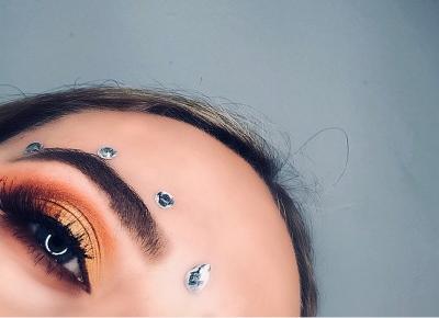 Jesienny makijaż oczu paletkami ZOEVA - MAKEUP JUNKIE
