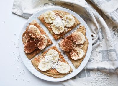 FIT śniadanie – czekoladowy omlet z owocami!