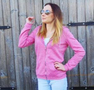 Mammotylki: Pink Blouse